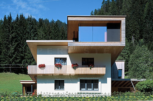 subtilitas:  Grundstein - Addition to a family house, St. Martin 2006. Via Rupert Steiner.