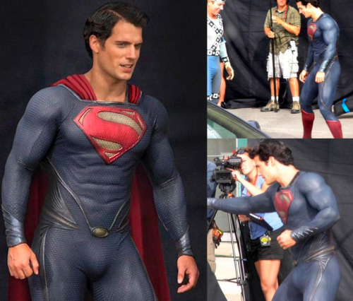 Terrible costume. This is why most DC film adaptations fail when compared to Marvel.