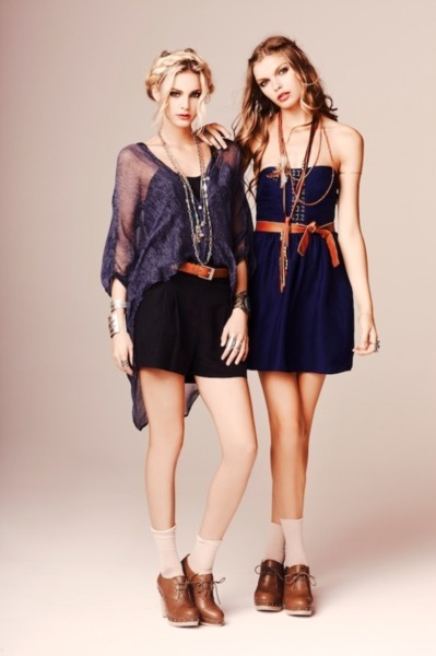 fashionwhoree:  love their outfitsss