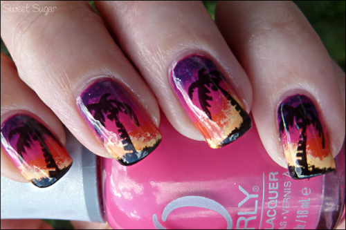 sweetsugarnails:  Beach Sunset manicure ! Read more
