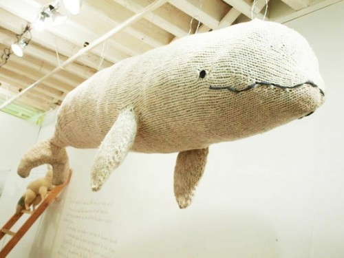 i-found-my-life-today:  Big Knitted Whale by Hannah Haworth