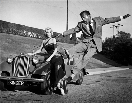 YES! Sammy Davis jr. and Marilyn Monroe=HOTness! I love EVERYthing about this. This shot is on my photoshoot bucket list!    Via/