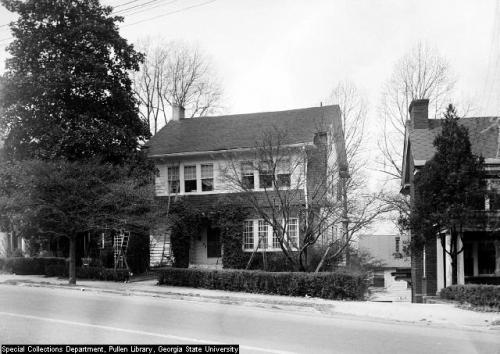 1948 photo of a home on Piedmont Avenue, possibly on the edge of Ansley Park.