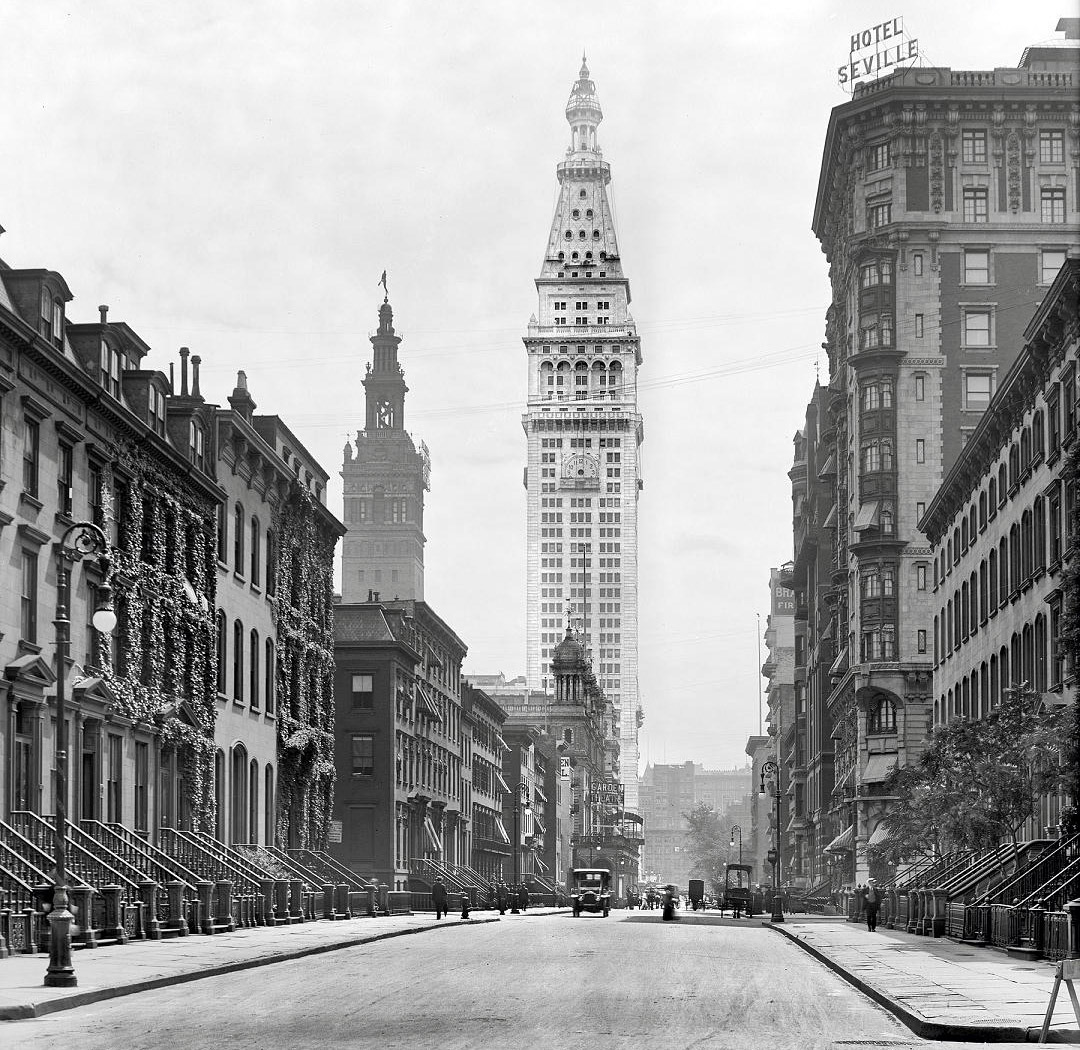 archimaps:  On Madison Avenue in 1909, New York