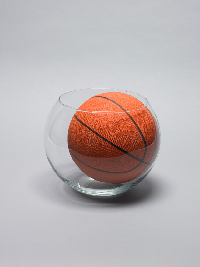 Daniel Eatock, Goldfish Bowl & Basketball: 31cm glass bowl, size 7 NBA rubber basketball, 2011.
