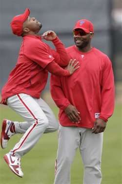 baseballbromances:  Jimmy Rollins and Ryan Howard