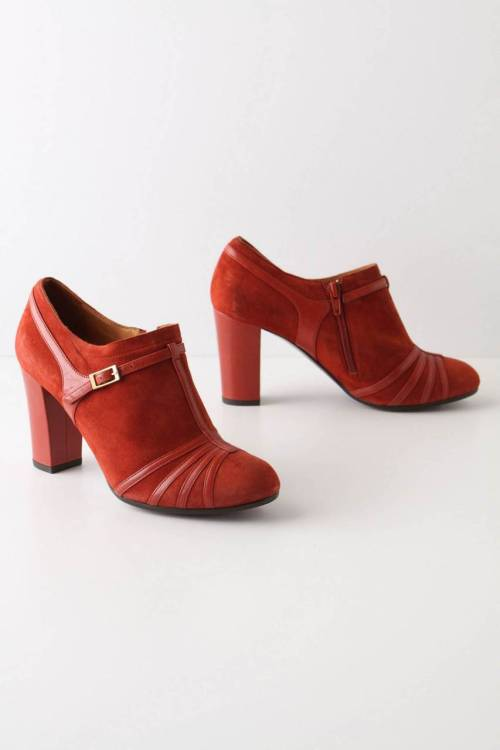 I desperately need this most perfect pair of red wintry Chie Mihara booties in my life. So so so so much. Only problem: they cost $388. Nooooooooooo.I will splurge $200 on a pair of good shoes. But this is just so over budget that even I cannot justify spending that much. Instead I will creepily stalk them until they go on sale. STALK STALK STALK!