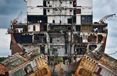Whoa. kateoplis:  Jana Asenbrennerova, Ship Breakers of Chittagong, Bangladesh, one of the world's biggest ship graveyards.