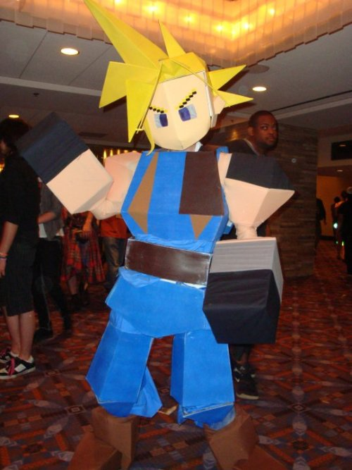 imtommy:  Holy shit….this is one of the most creative cosplays of Cloud EVER! The original Cloud from FFVII on Playstation!