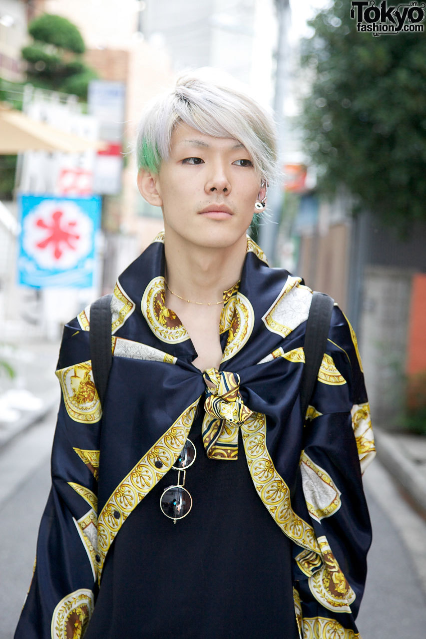 19-year-old Bunka Fashion College student in Harajuku.