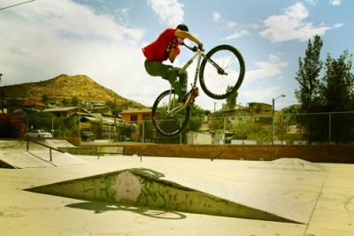 featherawayskit:  Michael Chacon riding down south with the Leader crew.