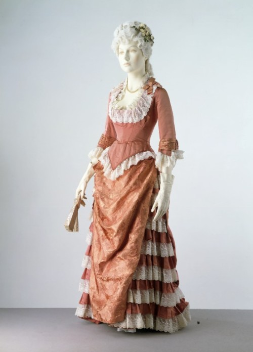 Evening dress ca. 1876-1878 via The Victoria & Albert Museum