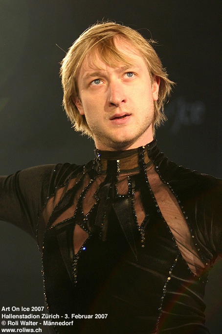 beautiful-shapes:  Evgeni Plushenko AOI 2007