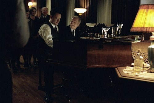 baroquenoise:  Tom Hanks and Paul Newman from the film Road To Perdition (2002)