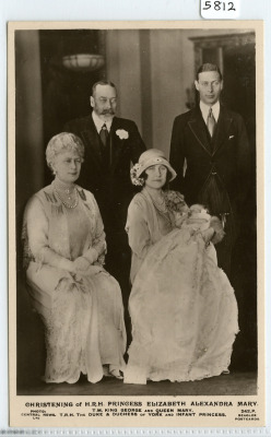 King George V,Queen Mary,The Duke and Duchess of York and little princess Elizabeth.