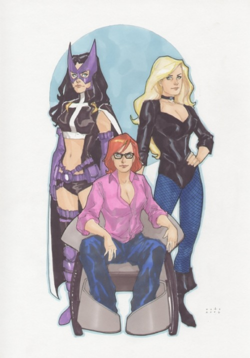 [Image Description: A colored drawing of the DC Comics team Birds of Prey by Phil Noto. Oracle is in the center with Huntress and Black Canary on either side of her. There's a blue circle in the background to frame them.]