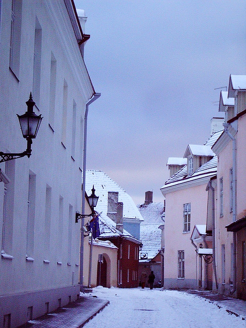toastedchicken:  pastels by Bibounday on Flickr. A snowy street in Estonia