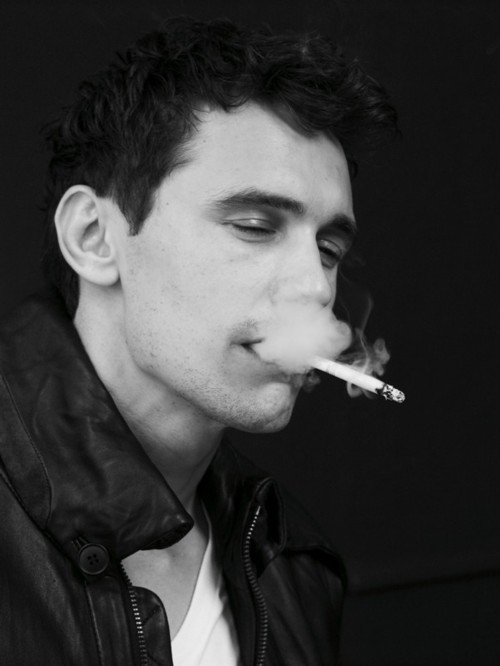 toomuchcatnip:  If I smoked with James Franco, my life would be complete.