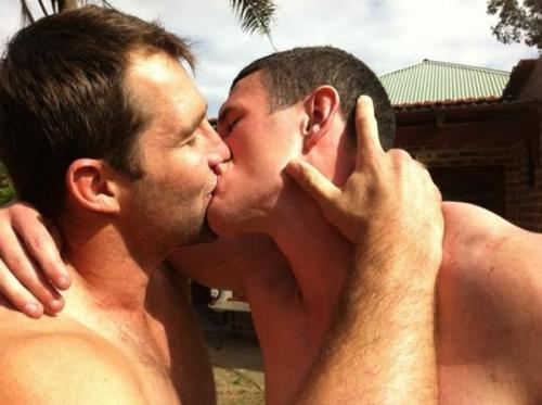 Luke Burgess (right) making out with Ben Ross (left). i'm not sure why this is happening but i completely condone it.