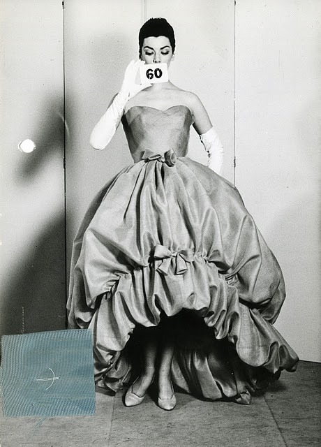 theniftyfifties:  Model in a Balenciaga evening gown, 1958.