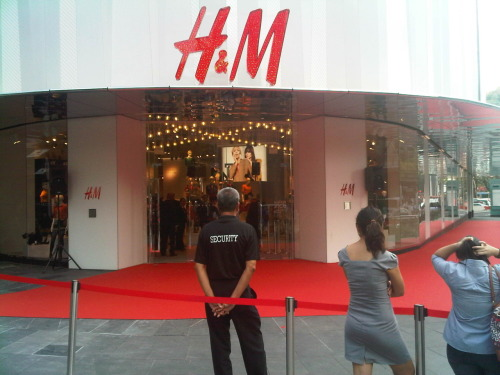 H&M finally opened in Singapore