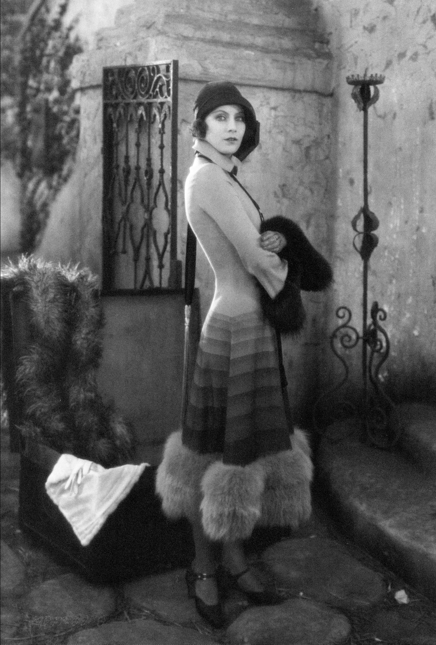 "maliciousglamour:  Greta Garbo, ""The Torrent"", 1926"