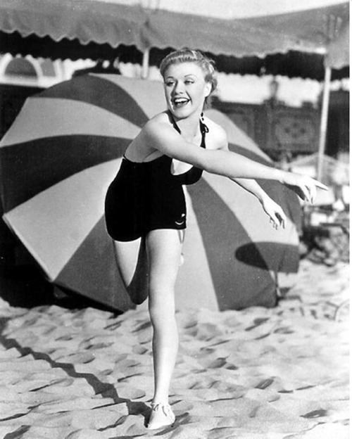 hollyhocksandtulips:  Ginger Rogers