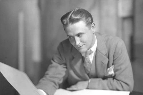 fuckyeahhistorycrushes: F. Scott Fitzgerald  That hair is so lustrous.