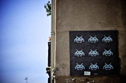 scenes-from-my-hood:  this is space invader. (paris, france)