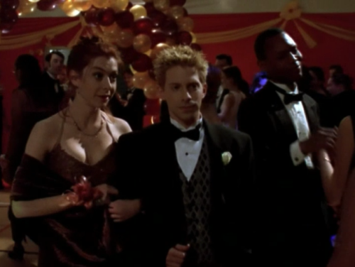 buffyoutfits:  always have your prom dress match your hair and always have your prom date be oz. always.