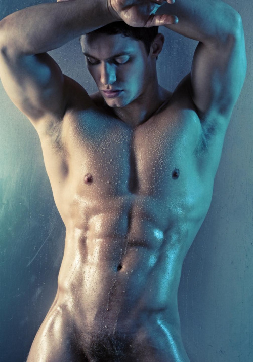 HunkDude: ♂   Ice Blue