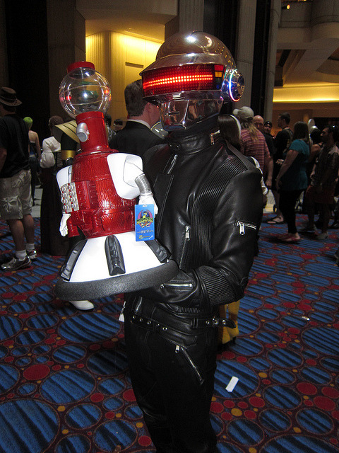 agentraybans:  DragonCon 2011 Incredible Costumes by Lbc42 on Flickr. MST3K and Daft Punk in one picture? Sold.