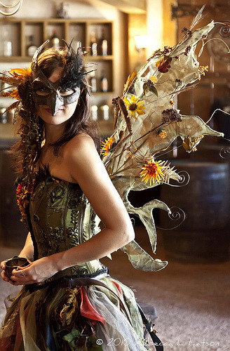 faefashion:  Forest Fairy - 2010 Texas Renaissance Festival (by Rebecca Latson)