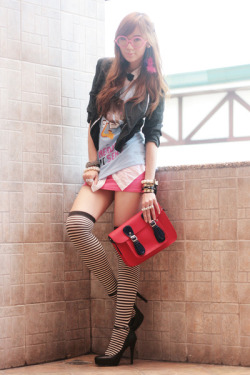 cherichictopia:  Nerd - via chictopia  12 year old schoolgirl outfit for a girl who looks 12 years old