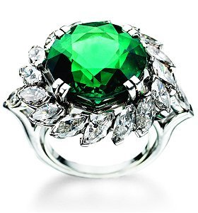 Harry Winston Columbian Emerald and Diamond Ring, In Platinum.