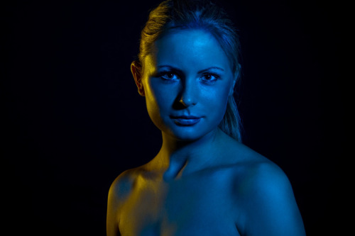 Weronika - yellow´n´blue flash