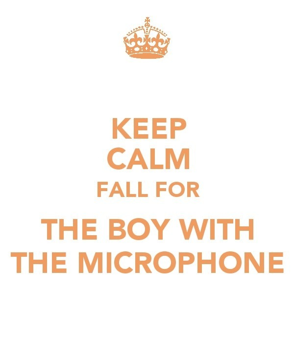getatmeplaya343:  cheyennebargas:  Boy With the Microphone <3 :D  Yessss! <3