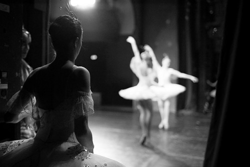 dumbslutwithablog:  ballet by Zаvarka on Flickr.