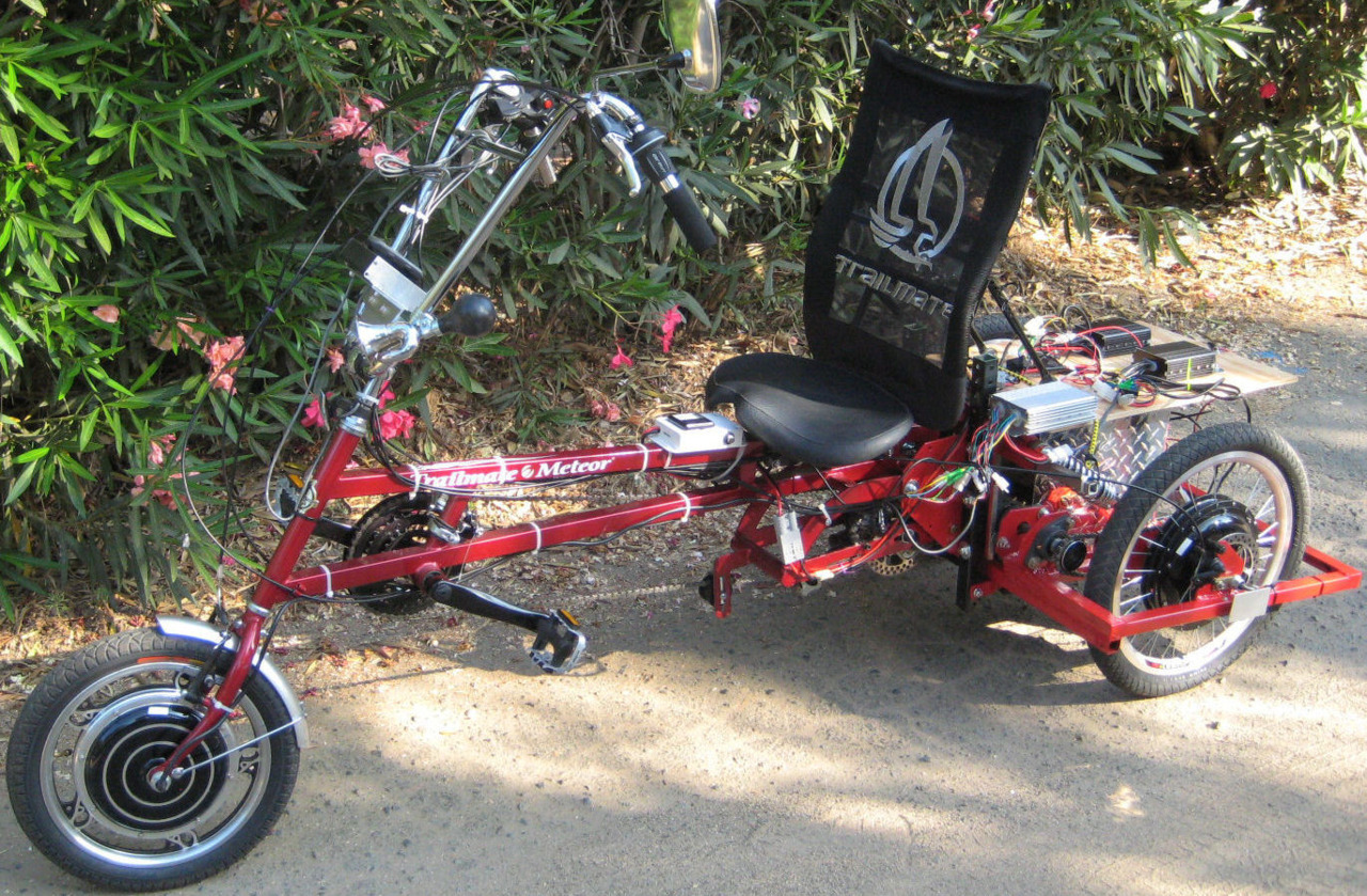 A trike with THREE motors on it!