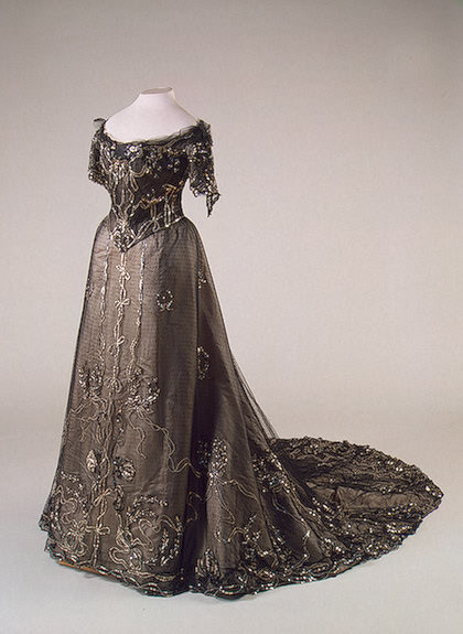 omgthatdress:  1900s dress via The Hermitage Museum