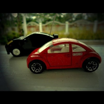 @igersmanila #macromonday #9pmhabit #minicar #redcar #blackcar  (Taken with instagram)