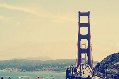theworldwelivein:  ggb. (by Kristine May.)