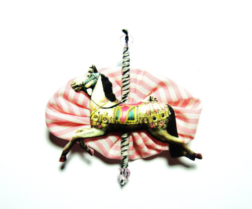 Like this Brooch by eCRAFTic? Win it here