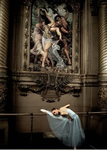 How a ballerina shows her love of art…a ballet curtsy.