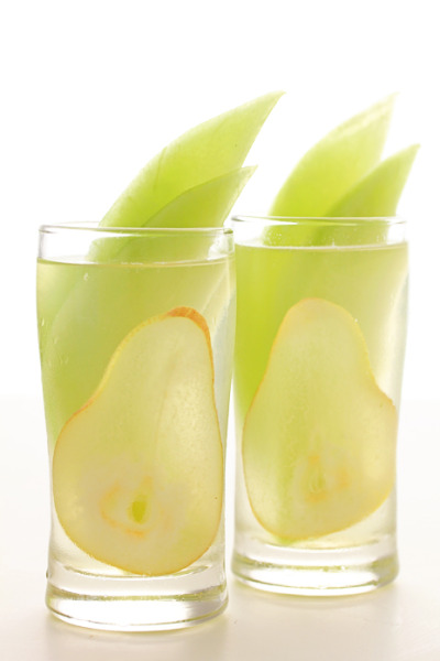 gastrogirl:  honeydew and pear sangria.    This looks refreshing. Might be a good beverage to toast the summer away.