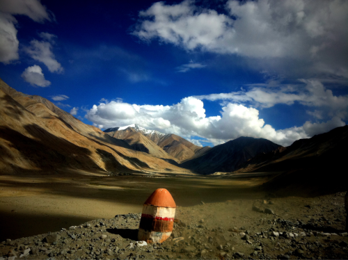Along the way from Leh to Pangong Tso. Himalaya