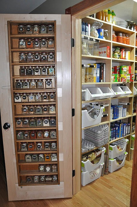 spice rack on the door (via perfectpantry)