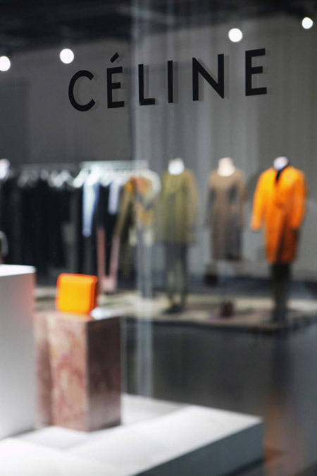 munificent:  Céline Fall 2011 preview show in Beijing (via The New Minimalism)
