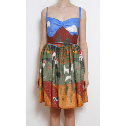 calivintage:  coolest dress ever at la casita de wendy shop.
