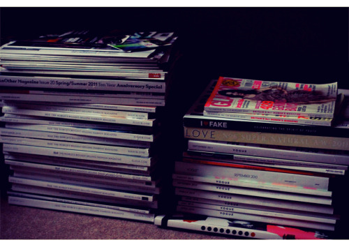 15/365 This week has revolved entirely around magazines. I have had four publications in print magazines this week, and overall, the purchase of magazines I am published in is going to cost me about $150. Here are a few of the magazines I own (not ones that I am published in unfortunately, though I would love to pretend). I seem to have an obsession with collecting them!  Join the Fanpage: https://www.facebook.com/fayesampsonphotography  Web: http://www.fayesampson.com Email: enquiries@fayesampson.com  Copyright © 2011 Faye Sampson. All rights reserved.